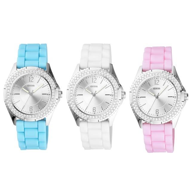 【GUESS】躍動搖滾時尚晶鑽套錶組(矽膠-銀 GWD10173L1)