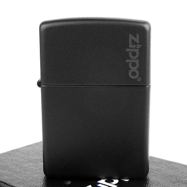 【ZIPPO】美系-LOGO字樣打火機-Black Matte黑色烤漆(寬版)