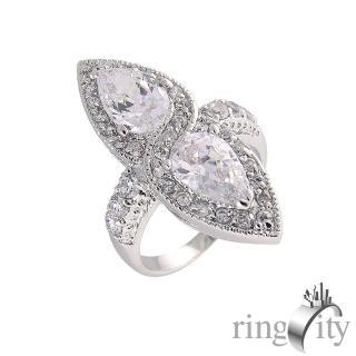 【RingCity】水滴形鋯石環繞鑽戒(白鑽色系列)