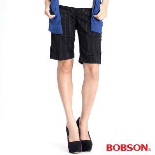 【BOBSON】女款條紋伸縮反褶五分褲(黑135-88)