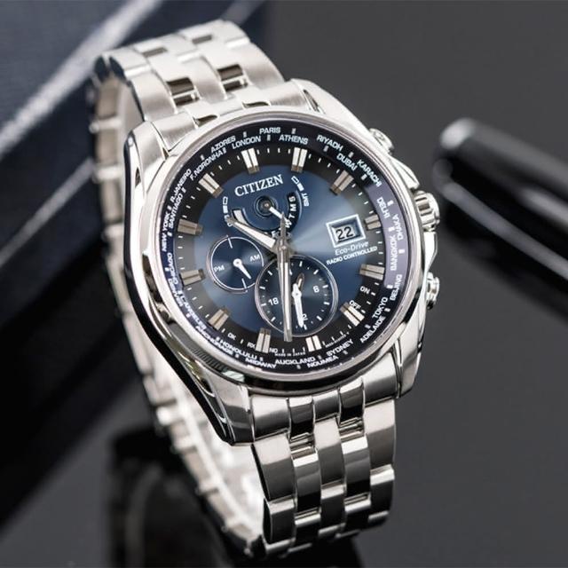 【金城武配戴廣告款】CITIZEN 星辰 Eco-Drive 五局電波光動能萬年曆時尚腕錶(藍-AT9031-52L)