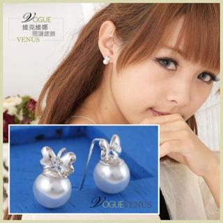 【維克維娜】嬌甜可人。水鑽小蝴蝶結綴珍珠貼耳耳環。925純銀耳環