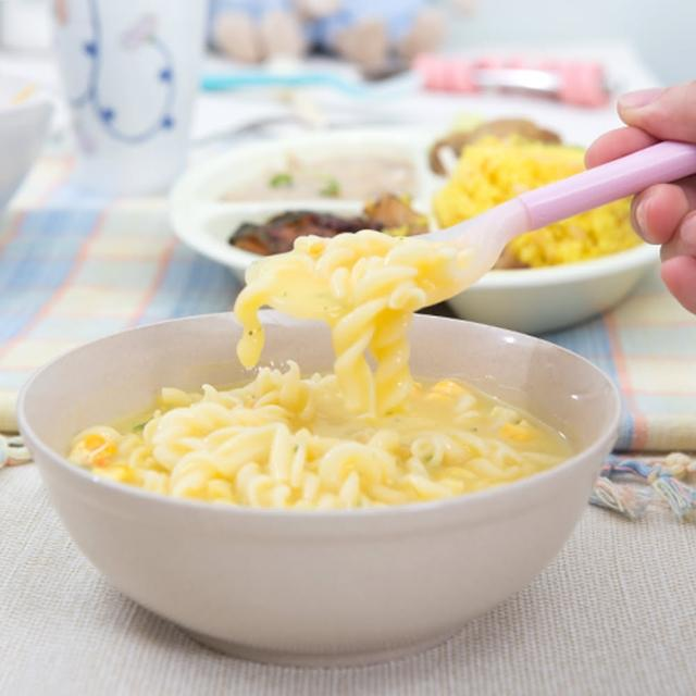 【樂活動】Pastel 輔助餐具 防滑型粉彩湯匙(粉黃L)