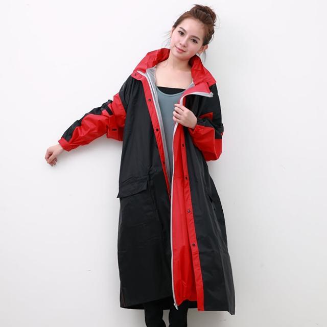 【OutPerform雨衣】勁馳率性連身式風雨衣-黑/紅(機車雨衣、戶外雨衣)