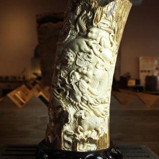 【橙印良品】長毛象牙十二生肖柱雕(此商品為化石非絕對合法)