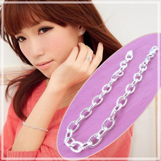 【維克維娜】戀戀美好。經典螺紋圈鎖設計925純銀手鍊