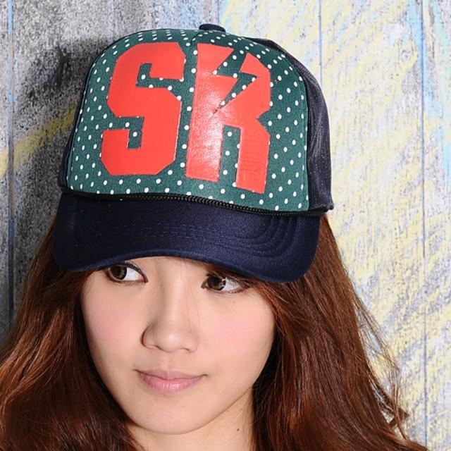 【Lady c.c.】視覺印象大字母圓點潮流棒球帽(綠)