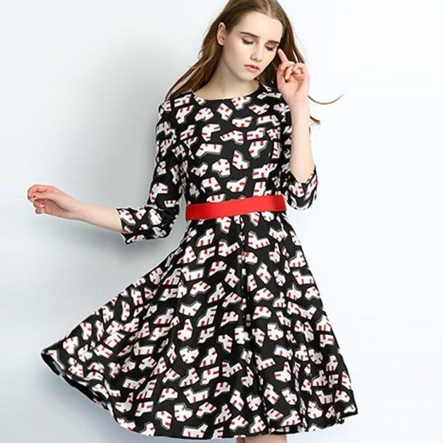 【a la mode 艾拉摩兒】圓領七分袖印花大擺中裙洋裝連衣裙(S-XL)