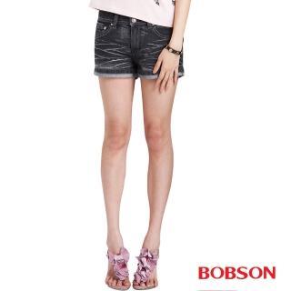 【BOBSON】女款刺繡翅膀牛仔短褲(171-87)