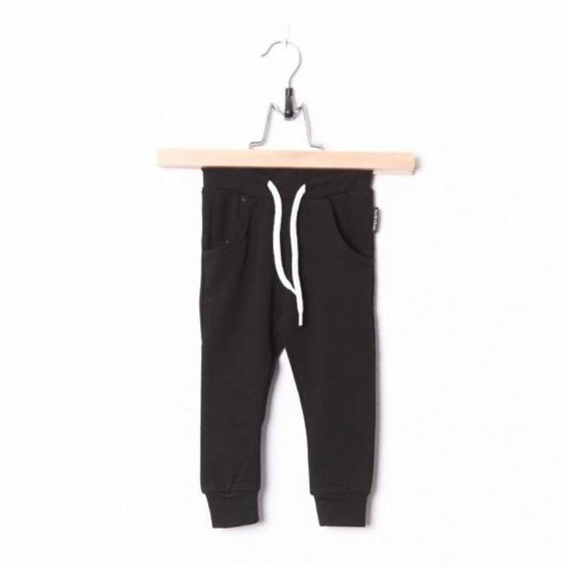 【荷蘭 Lucky No.7】腰抽繩束口長褲 - 時尚黑(TM160316019)