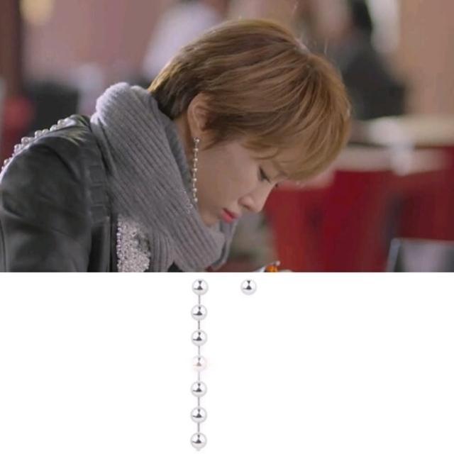 【梨花HaNA】韓國她很漂亮高俊熙銀珠垂墜不對稱耳環(精裝)