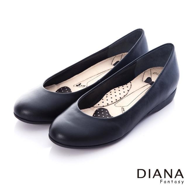【DIANA】漫步雲端領帶款---素面實搭全真皮平底鞋(黑)