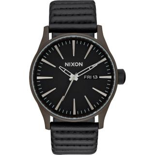 ~NIXON~SENTRY LEATHER 冷冽爵士 腕錶 A1052138