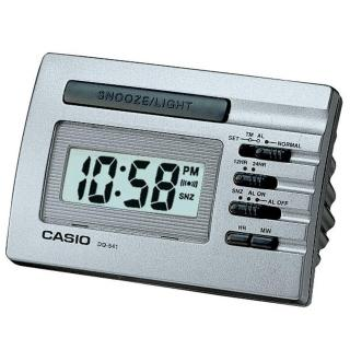 【CASIO】實用貪睡桌上型鬧鐘(DQ-541D-8)