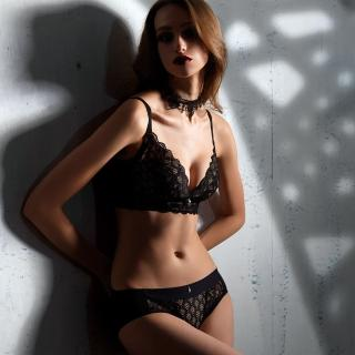 【LADY】闇夜天使系列 調整型無鋼圈 B-F罩 內衣(透視黑)