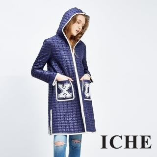 【ICHE 衣哲】連帽字母長版斗篷風衣造型外套