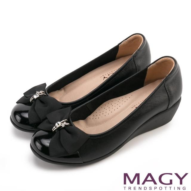 【MAGY瑪格麗特】甜美混搭新風貌 蝴蝶結戒指釦環造型真皮楔型鞋(黑色)