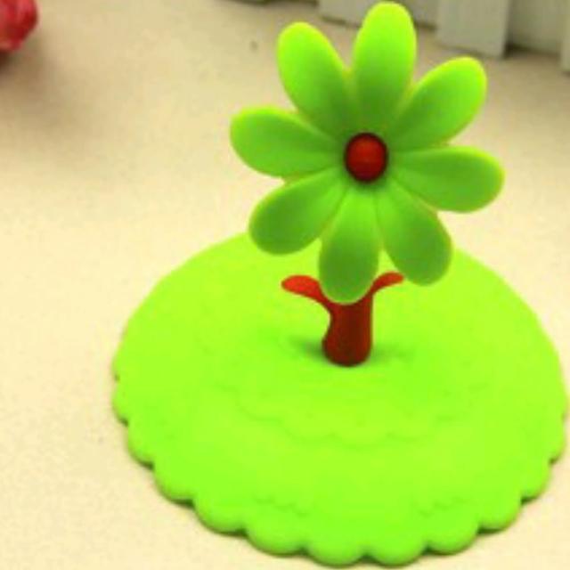 【Ainmax 艾買氏】環保矽膠創意防漏杯蓋 矽膠杯蓋(密封杯蓋 神奇杯蓋 商品隨機出貨 恕不提供選色)