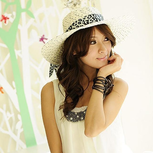 【Lady c.c.】豹紋絲緞質感抗曬遮陽帽(米)