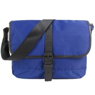 【agnes b.】皮帶釦式皮革滾邊斜背包(小/深藍)