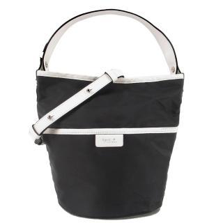 【agnes b.】簡單尼龍寬把兩用桶包(迷你/黑白)
