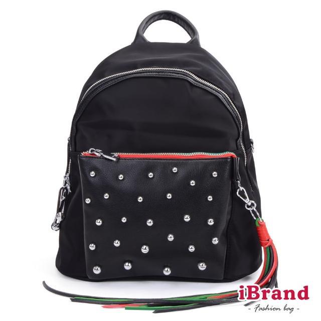 【i Brand】簡約鉚釘流蘇大口袋後背包(黑)