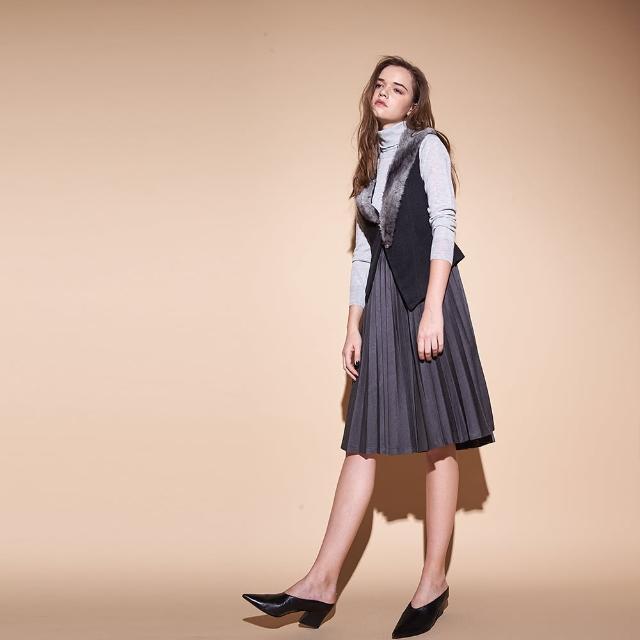 【ICHE 衣哲】設計款不對稱毛領可拆造型外罩背心-兩色-咖