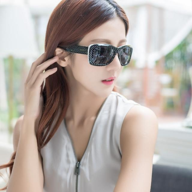 【YSL】-時尚太陽眼鏡(黑色)