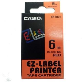 【CASIO 卡西歐】標籤機專用色帶-6mm紅底黑字(XR-6RD1)