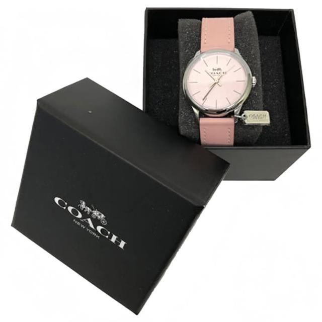 【COACH】經典馬車 LOGO皮革錶帶金屬小吊牌石英錶女用手錶(粉)