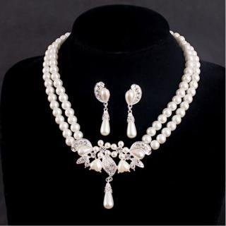 【Angel】珍珠戀人華貴氣質水晶珍珠水鑽耳環項鍊套組(針式耳環夾式耳環兩款可選套組)