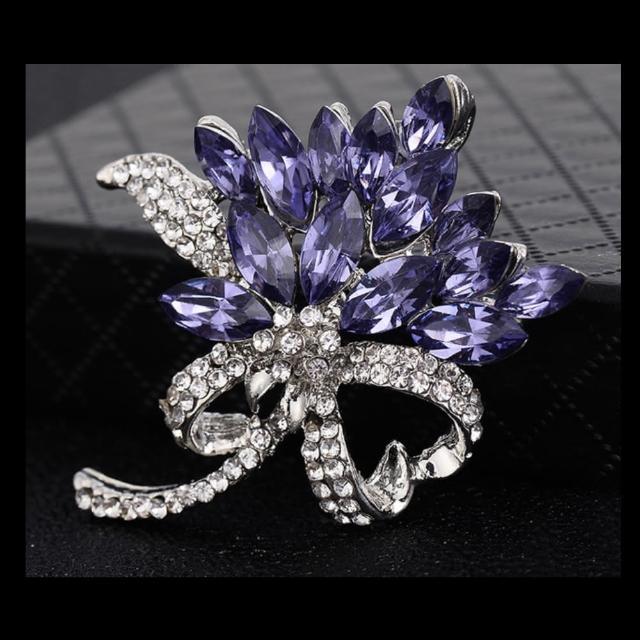 【Angel】紫荊公主時尚墨蘭鑲鑽寶石胸針別針兩用(5款顏色可選)