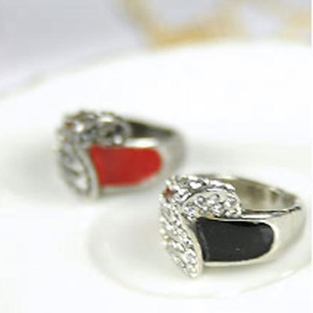 【Lady c.c.】韓式量感質晶美鑽戒指(黑)