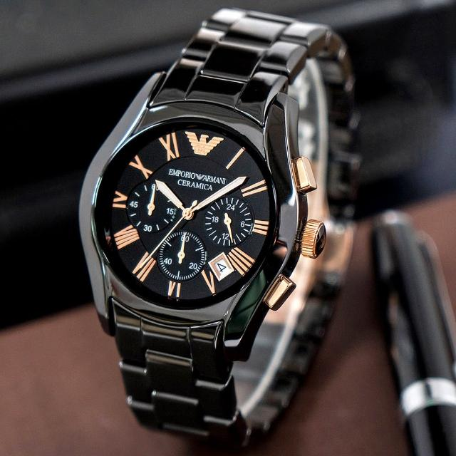 【EMPORIO ARMANI】極致奢華黑金帝王陶瓷錶(AR1410)