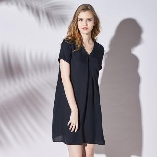 【矜蘭妃】蠶絲優雅簡約摺線黑洋裝(黑)