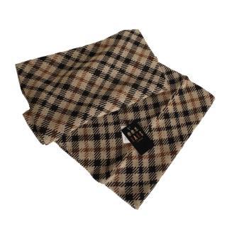 【DAKS】經典款雙色格紋圍巾/圍脖/披肩(卡其格紋)