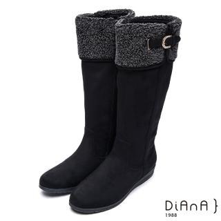 【DIANA】俏麗有型--翻領羔羊毛D字釦鑽飾羊絨厚底長靴(黑)/