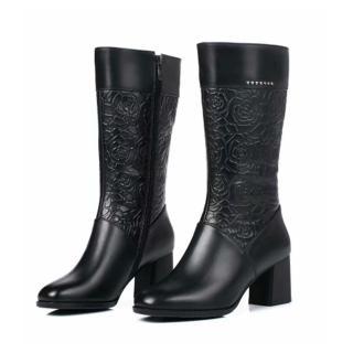 【Taroko】復古英倫全真牛皮玫瑰花粗高跟中筒靴(2色可選)
