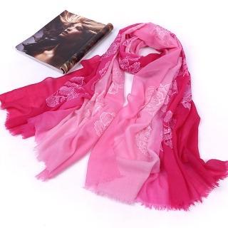 【ZANA】100%純羊毛立體繽紛玫瑰刺繡斜紋保暖披肩 圍巾(2款任選)