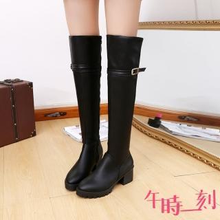 【午時一刻】經典細皮帶釦造型粗跟過膝長靴(黑)