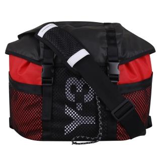 【Y-3 山本耀司】adidas Y-3 尼龍男仕單肩斜背包(黑紅)