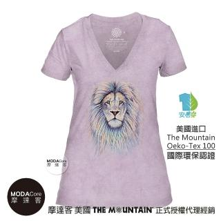 【摩達客】美國The Mountain都會系列  絢麗獅王紫底 V領藝術修身女版短袖T恤(預購)