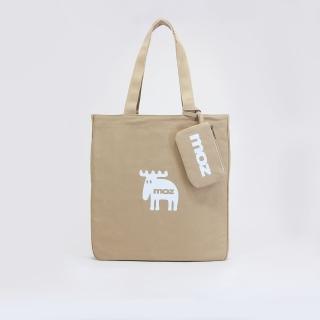 【moz】瑞典小駝鹿肩背托特包 附卡夾(泰式奶茶)
